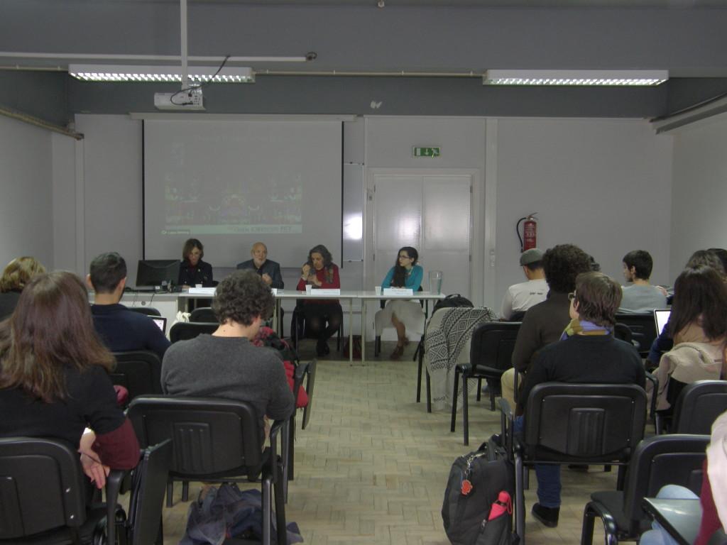 Sessão de abertura do colóquio com Paula Gomes Ribeiro, Mário Vieira de Carvalho,Zília Osório de Castro e Júlia Durand.