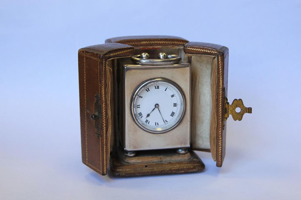 Relógio de viagem (espólio Suggia, C.M.P.)